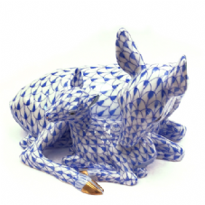 Herend Porcelain Fishnet Figurine of a Deer with Fawn
